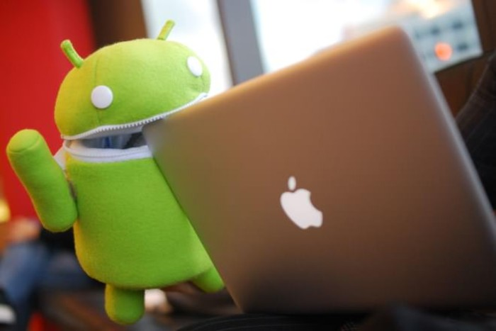 Game Developers Between iOS and Android